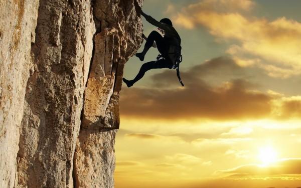 На Эльбрусе найдены тела пропавших 17 лет назад альпинистов