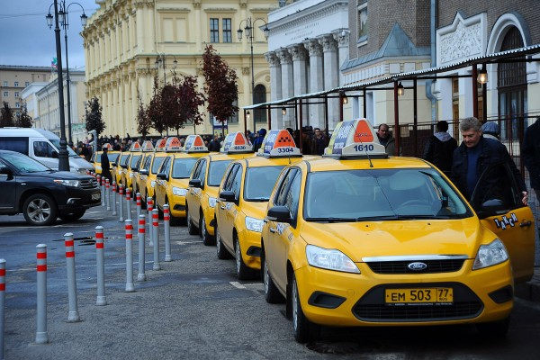 Сергей Собянин назвал столичный таксопарк самым молодым в мире