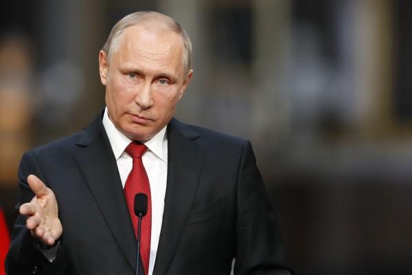 Владимир Путин отметил положительные тенденции в развитии экономики России