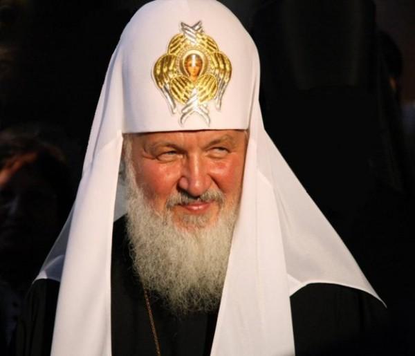 Патриарх Кирилл пригрозил пенсией священникам, которые не согласны с его мудростью