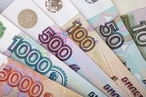 В Калуге ярого нарушителя ПДД заставили оплатить 66 штрафов
