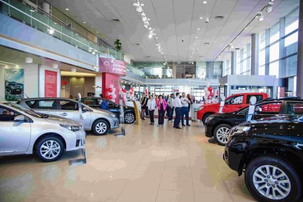 В Москве 5 000 новых авто продадут в «черную пятницу»