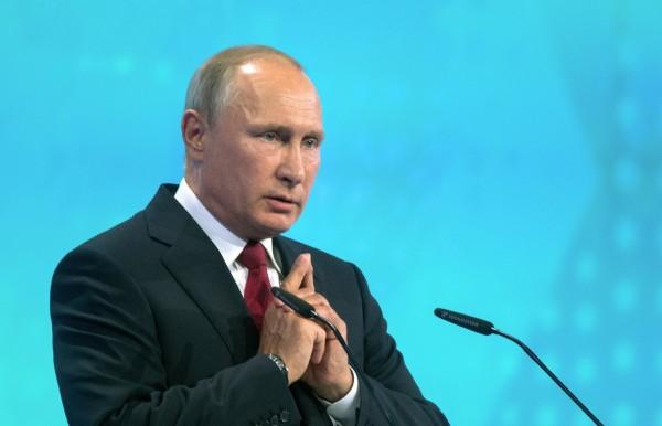 Владимир Путин: В стране запустят реструктуризацию региональных кредитов