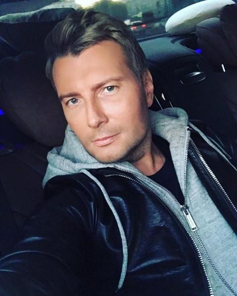 Николай Басков сменил имидж и стал брюнетом