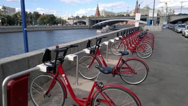 Сезон велопроката в Москве собираются продлить