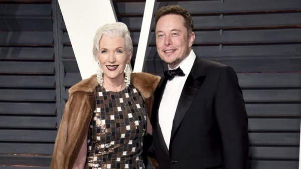 Мать Илона Маска стала лицом косметического бренда