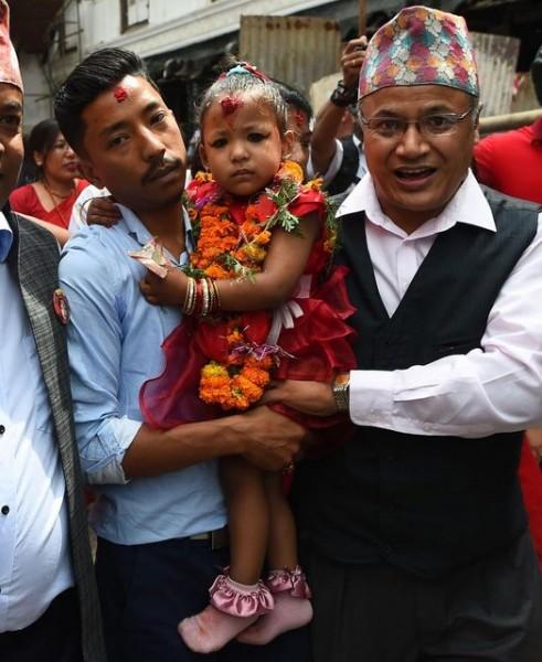 В Непале трёхлетнюю девочку признали богиней Кумари