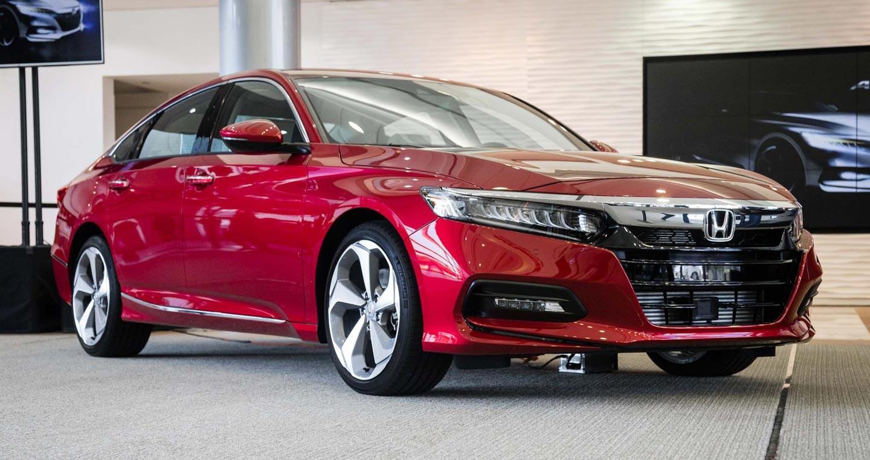 Хонда раскрыла прайс-лист нового Accord