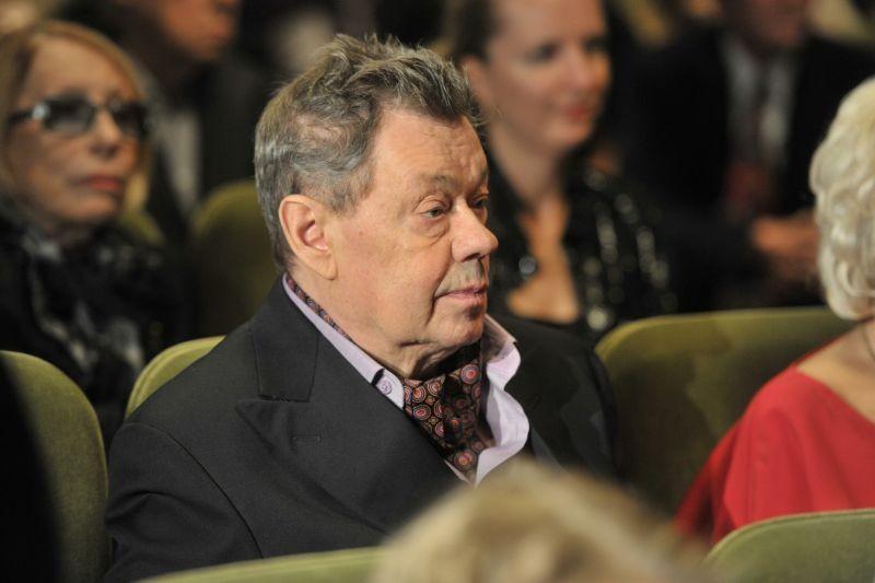 Сын Николая Караченцова поведал  осостоянии отца