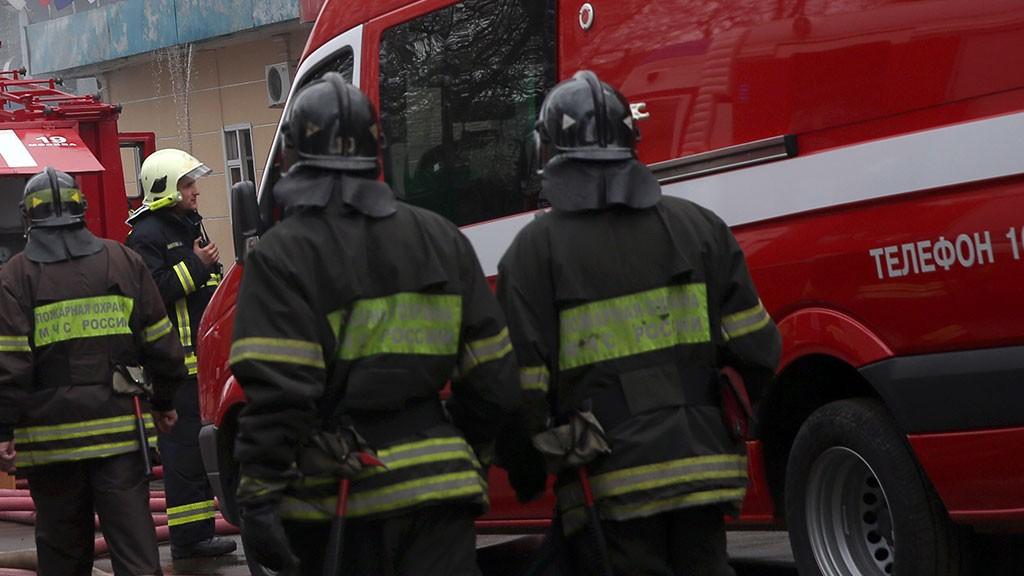 Наскладе в столице России произошел сильный пожар