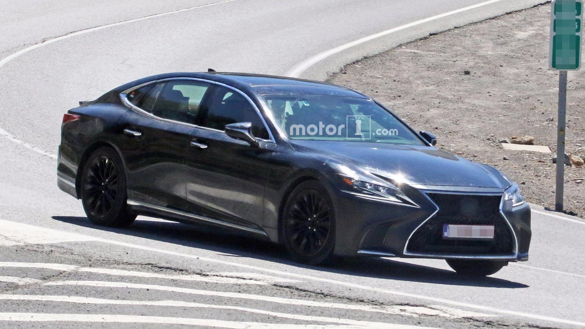 Lexus готовит загадочный концепт для автосалона в Токио