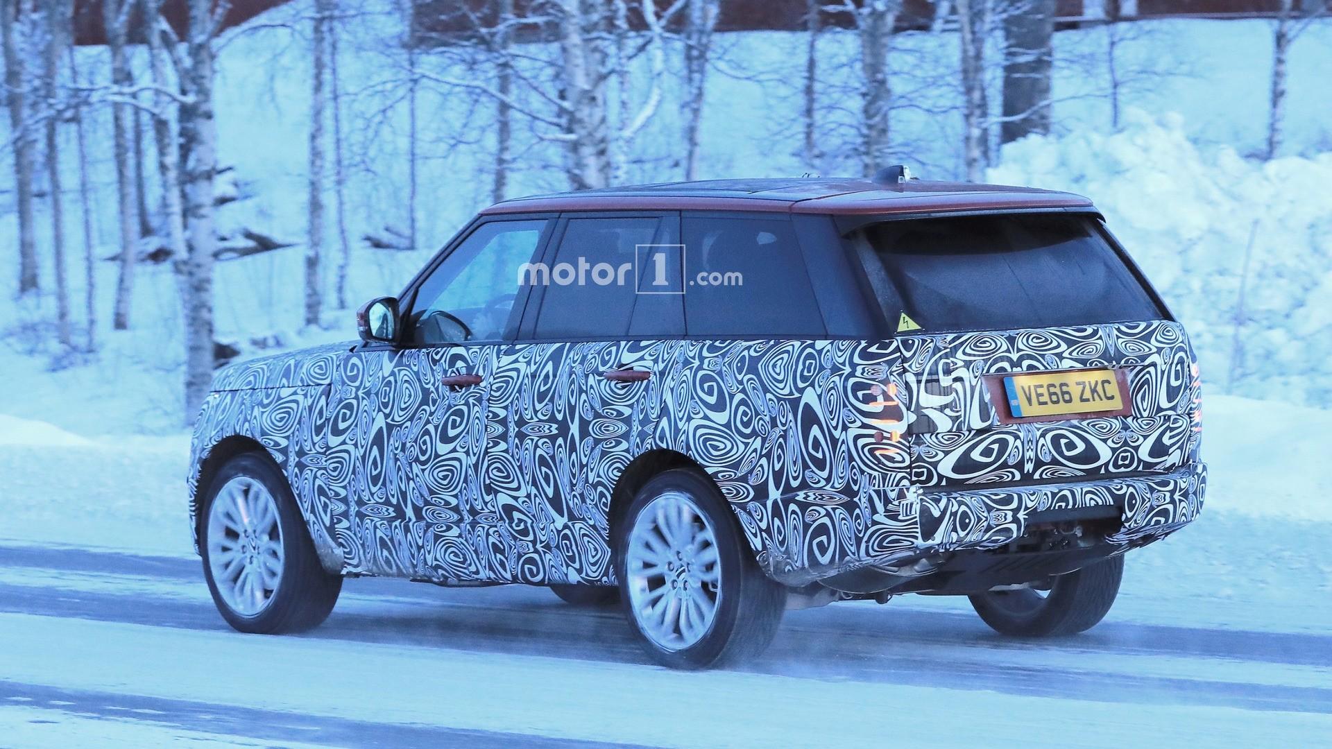 Улучшенный  Range Rover Sport SVR показали вweb-сети