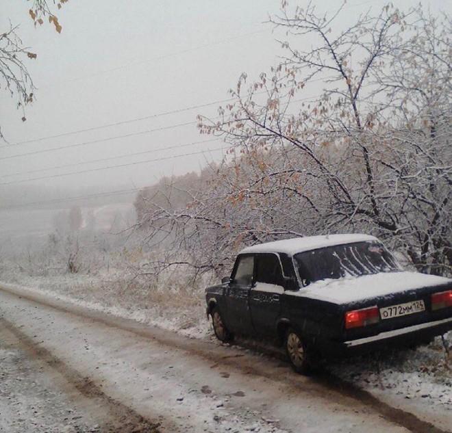 ВГИБДД Красноярска предупредили водителей обопасностях на трассах