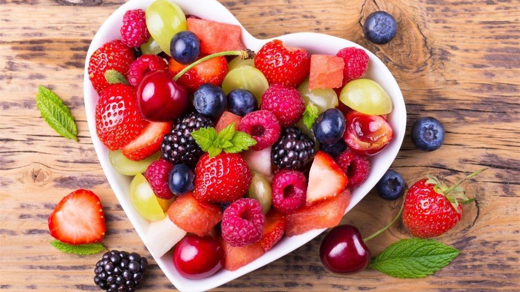 Сексологи назвали фрукты, которые делают лучше  мужскую половую жизнь