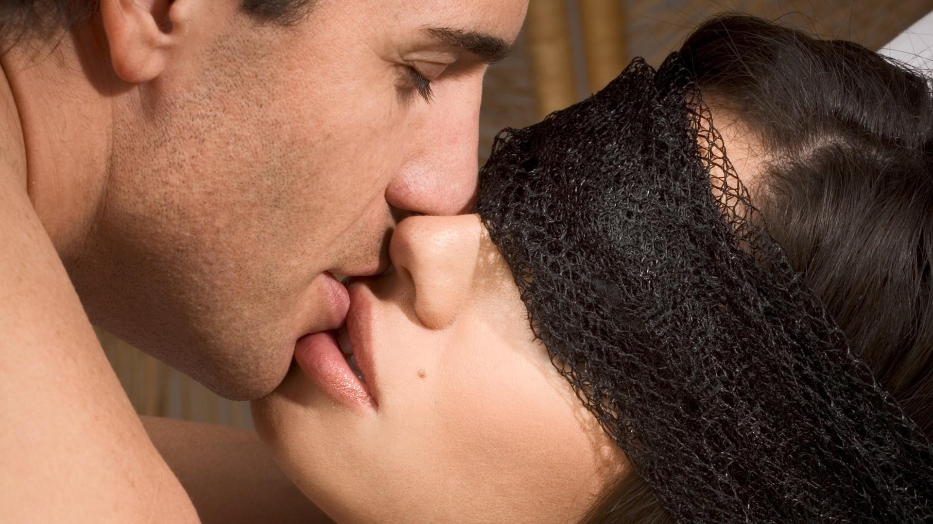 Скачать парнуху бесплатно  Скачать мобильное порно видео