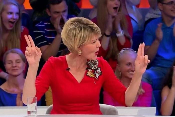 Юлия Меньшова выгнала Богдана Титомира спередачи «Сегодня вечером»
