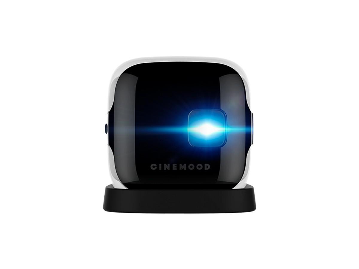 «Мегафон» интегрировал собственный видеосервис в небольшой проектор-кубик