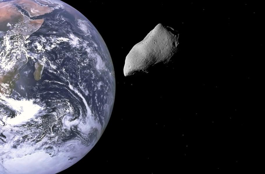 «Зрелища не ждите!». Астрофизик о приближении астероида к Земле