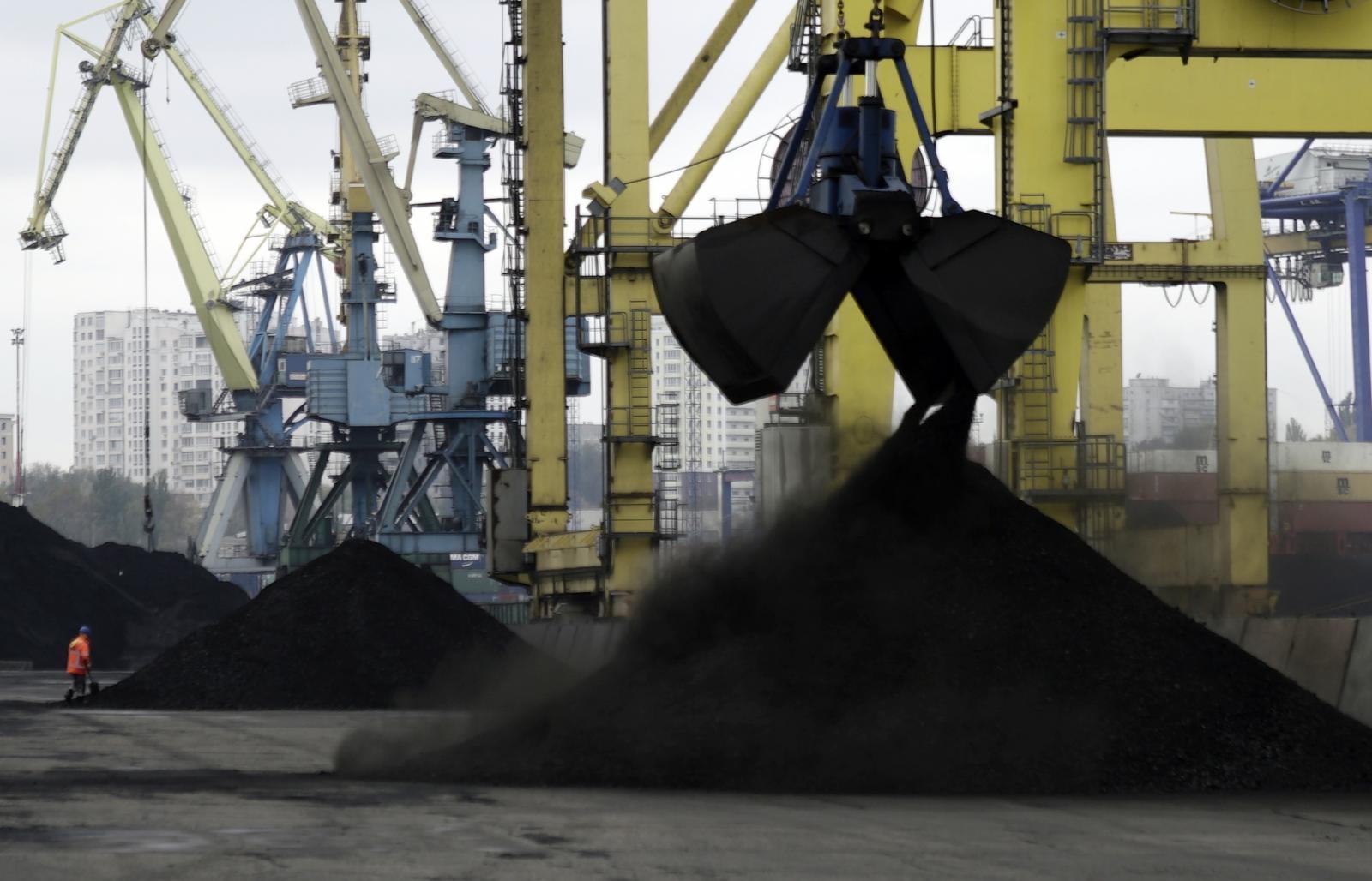 На государство Украину  прибыло судно «Виктория» со 2-ой  партией угля изсоедененных штатов