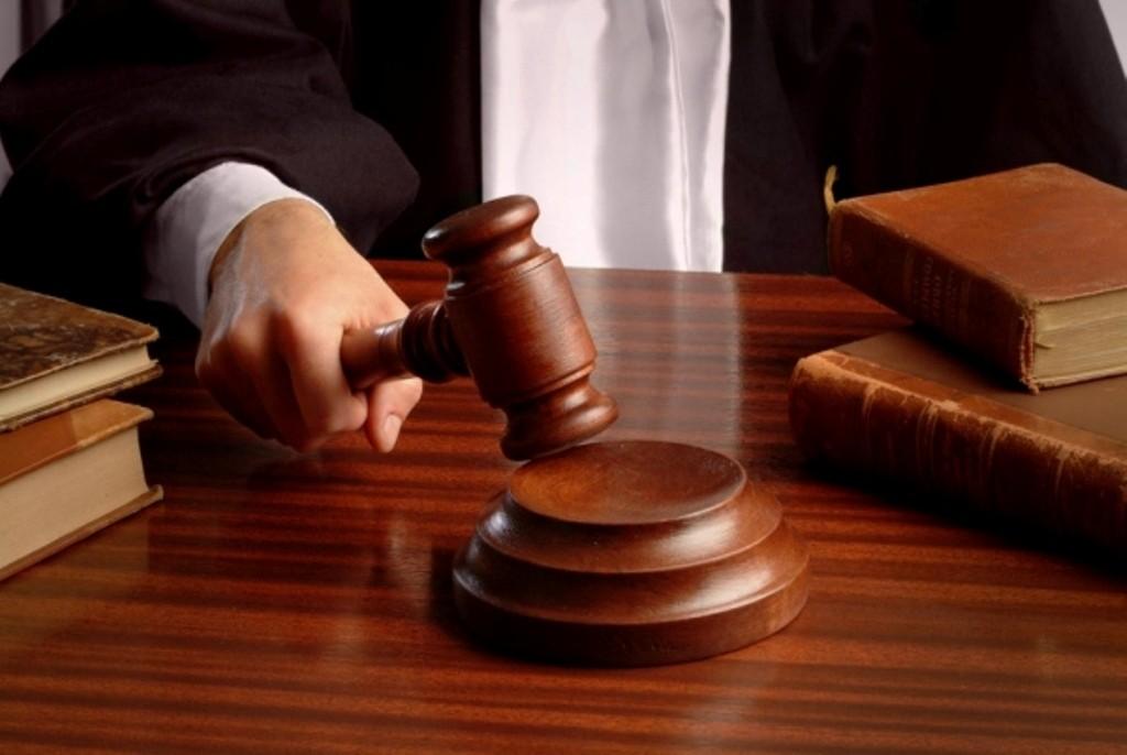 Педофил, развративший семилетнюю дочь собственных знакомых, пойдет под суд вПриморье