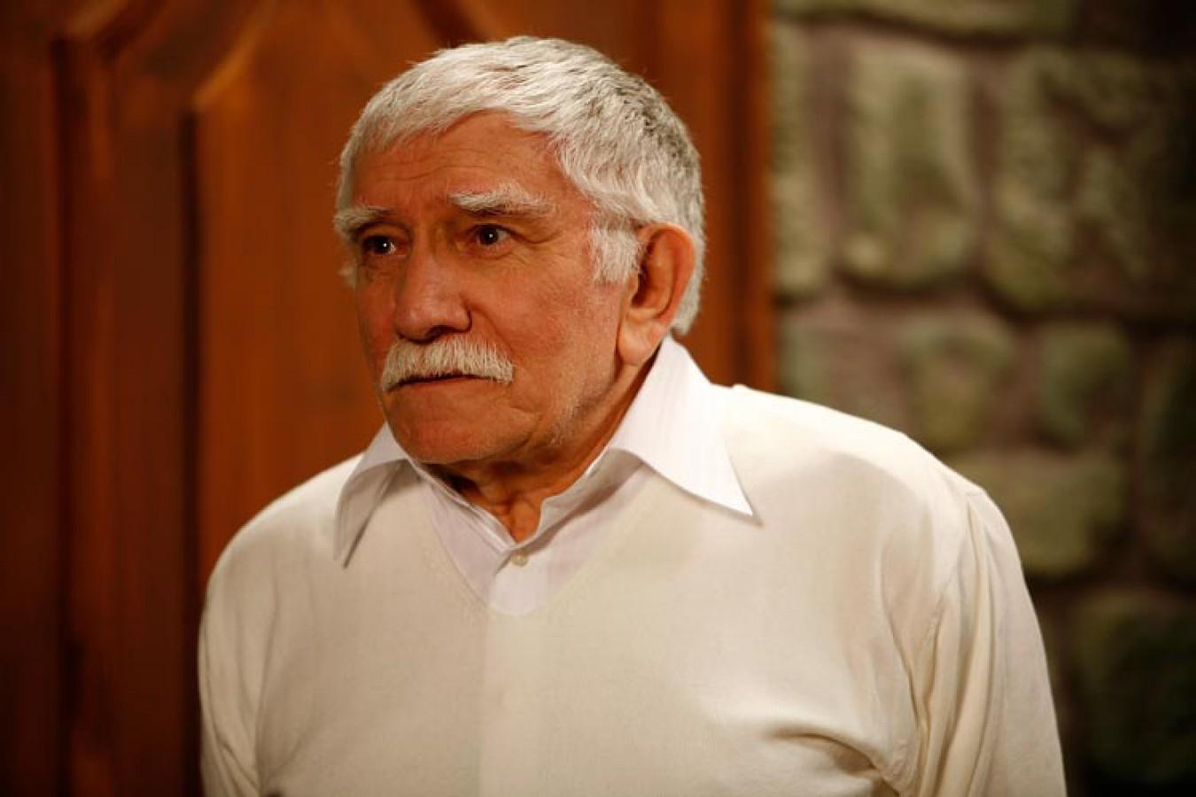 Армен Джигарханян обвинил свою жену впопытке убийства