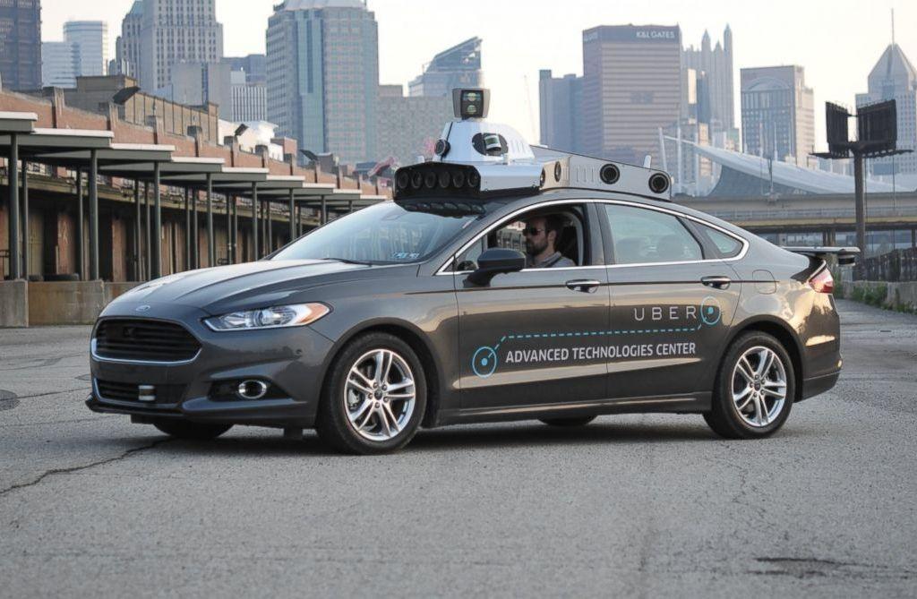 Беспилотные машины появятся на дорогах через 5