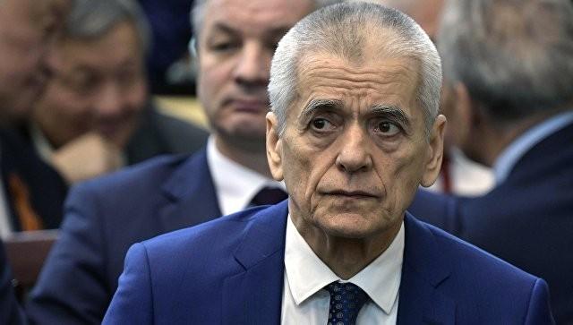 Онищенко оценил запрет накурение уподъездов