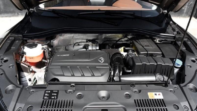 Немецко-китайское кросс-купе Borgward BX6 рассекретили доноябрьской премьеры