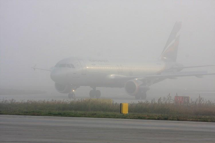 Из-за тумана задерживаются несколько рейсов вКалининград