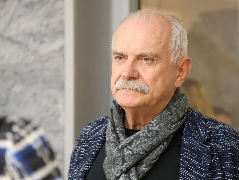 Мэр столицы поздравил сднем рождения кинорежиссера Н.Михалкова