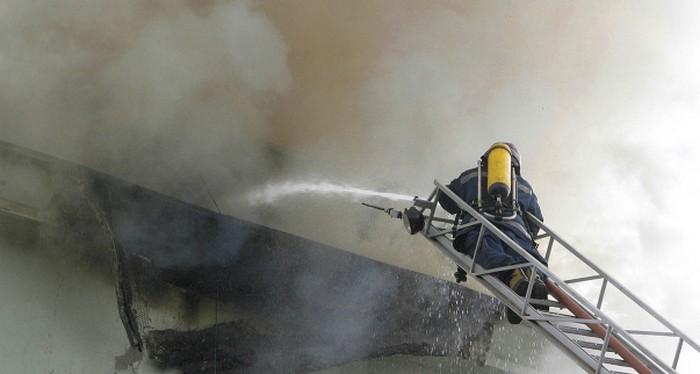 ВЛенобласти впожаре погибли женщина иребенок
