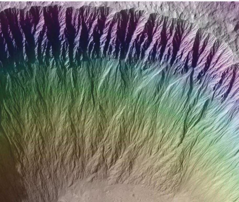Ученые засомневались вналичии воды воврагах Марса