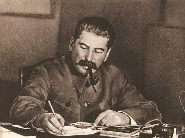 Собчак обвинила Сталина вгеноциде русского народа, назвав его «палачом ипреступником»
