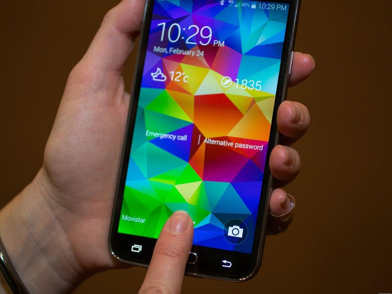 В Самсунг собрали ферму для майнинга изтелефонов Galaxy S5