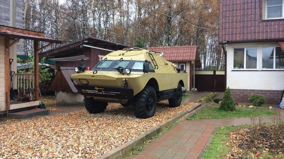 ВоВнуково реализуют бронеавтомобиль БРДМ-2 закриптовалюту