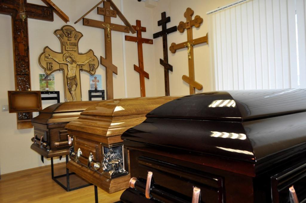 Генпрокуратура отыскала свыше 900 нарушений наворонежском рынке ритуальных услуг