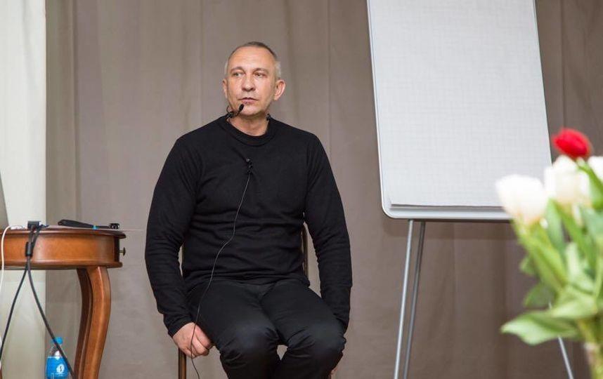 Предвыборный штаб Собчак раскололся из-за геев
