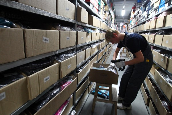 Минфин снизит пошлину на интернет-покупки