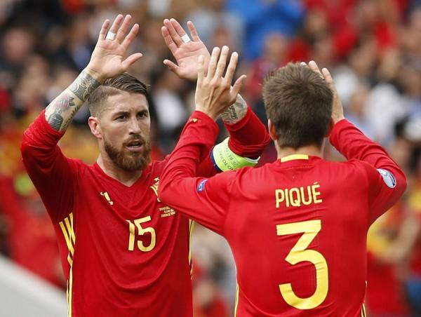 Из-за референдума в Каталонии поругались два игрока сборной Испании по футболу