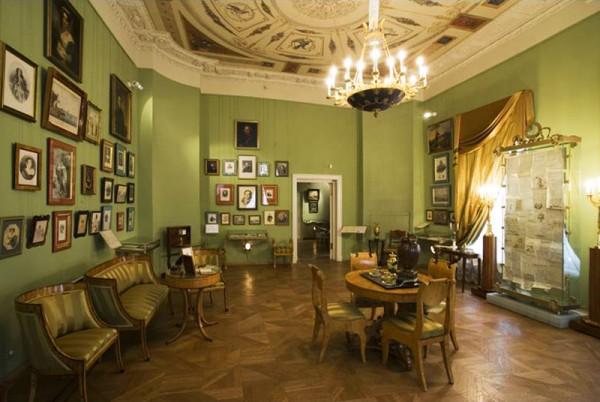 Пушкинский музей в Москве работает бесплатно 5 октября