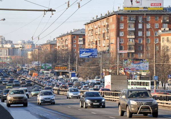 В Москве на участке Дмитровского шоссе ограничат движение транспорта