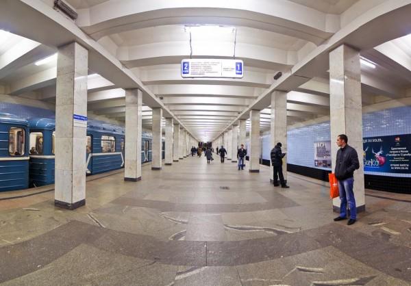 В Замоскворецкой линии метро на сутки был закрыт центральный участок