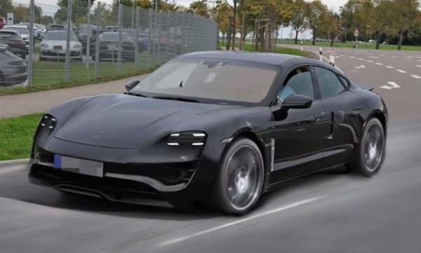 Опубликованы первые рендеры электрокара Porsche Mission E