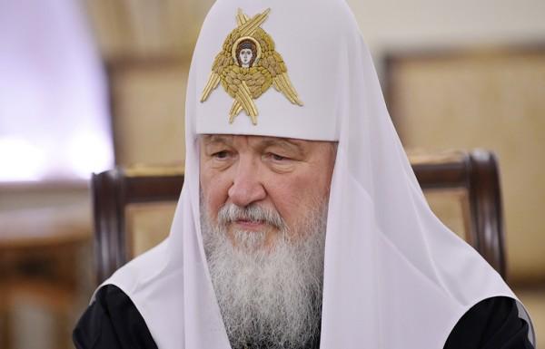 Патриарх Кирилл призвал фильтровать информацию в Сети