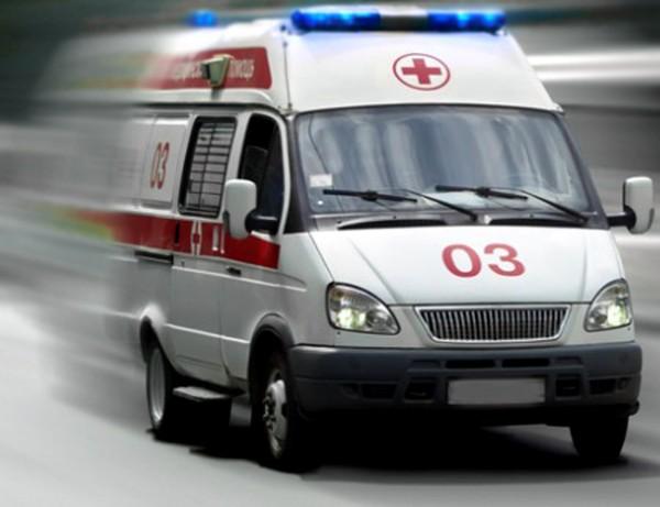 В Новосибирске седан протаранил машину скорой помощи