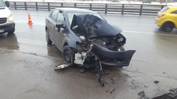 Сын экс-депутата ЛДПР на Mercedes протаранил Audi в Москве, двое в больнице