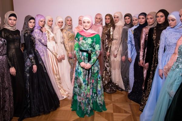 В Москве в парке «Зарядье» пройдет показ новой коллекции одежды дочери Кадырова