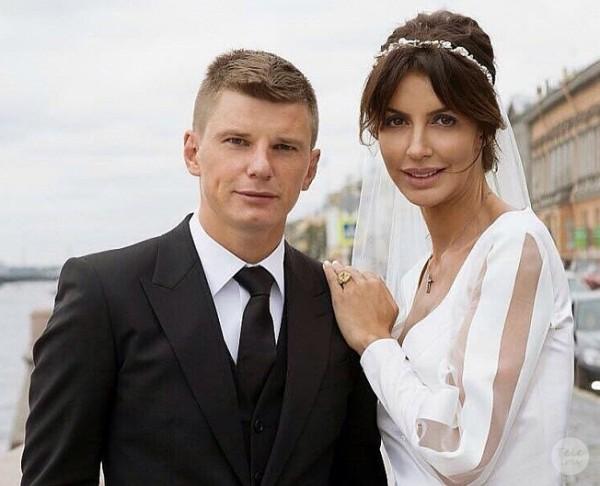 Жена Аршавина рассказала правду о разрыве мужа с Юлией Барановской