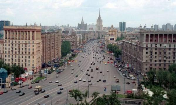 На Кутузовском проспекте появятся дополнительные полосы для автотранспорта