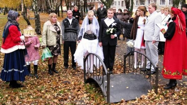 В Иркутской области на Покров день поженится 101 пара